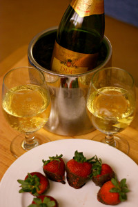 champagne-strawberries